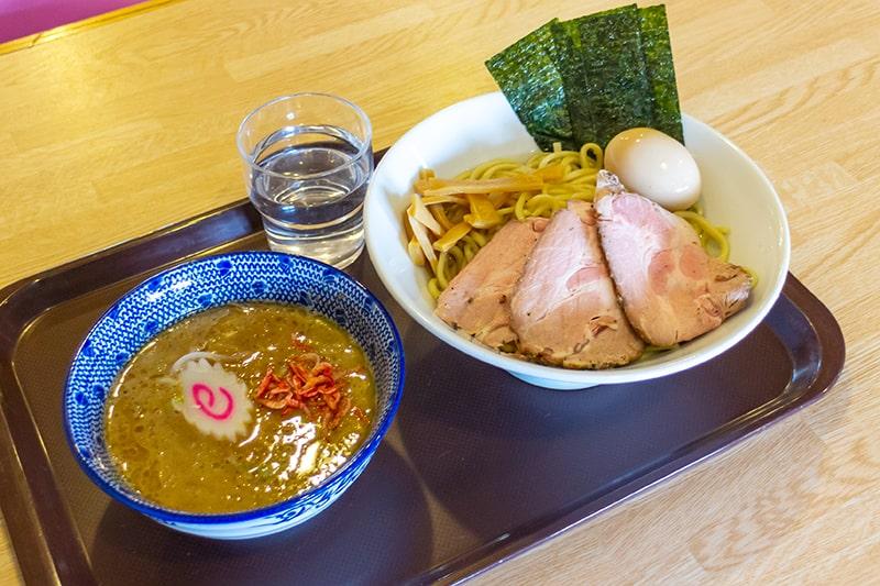コアハウス2in1n 1階レストランのおすすめメニュー「えび味噌つけ麺」