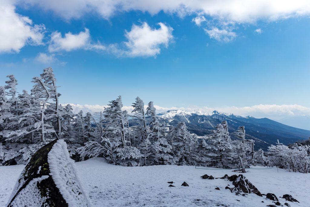 北横岳山頂から眺める南側(八ヶ岳方面)
