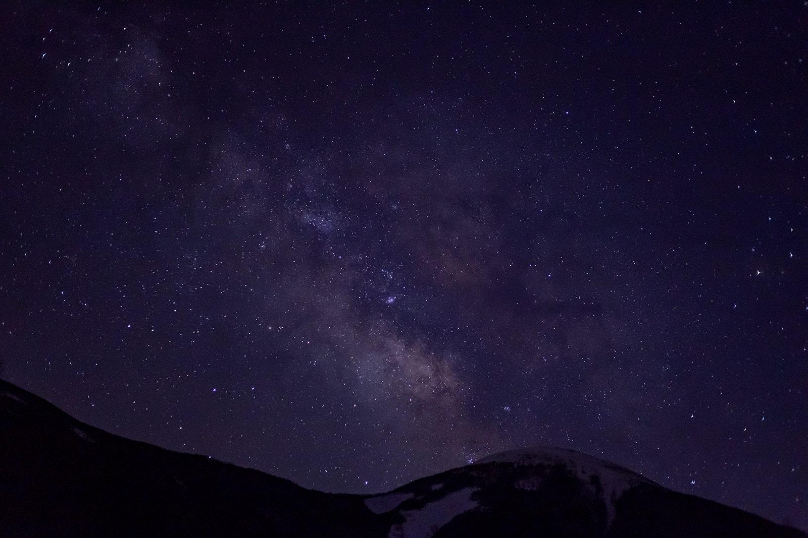 蓼科山七合目登山口からの星空