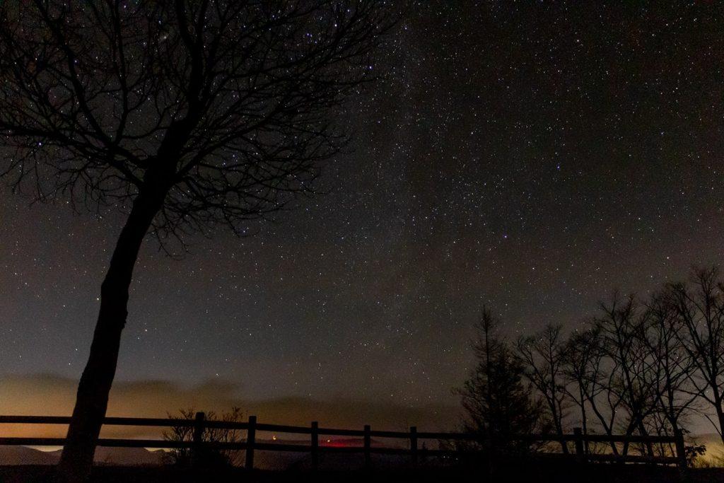 信州たてしな 白樺高原の星空スポット:夕陽の丘公園