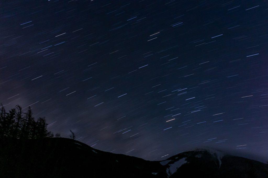 蓼科山の七合目登山口からの美しい星空