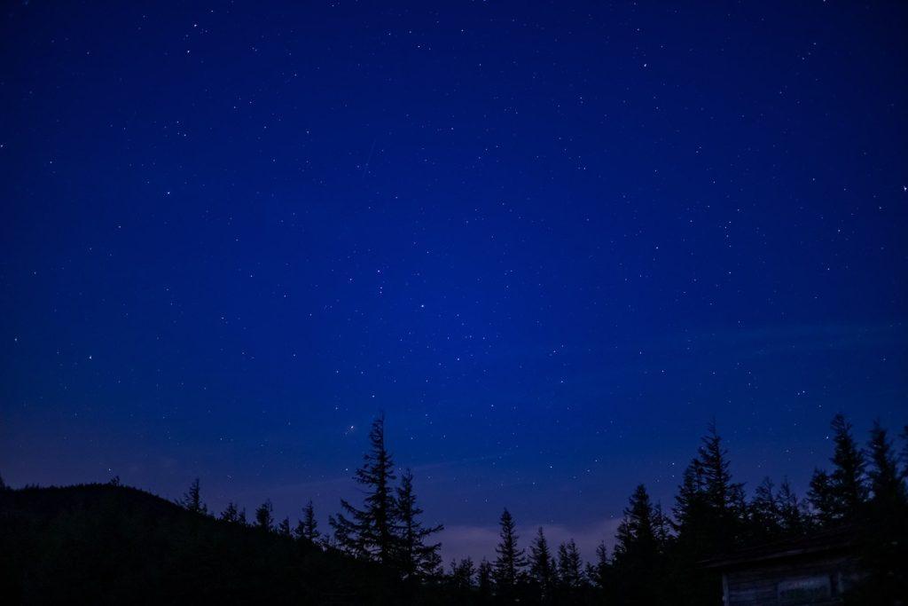 大河原峠から南の方向を見た星景。