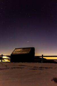 2020年12月21日、夕陽の丘公園からの星空。約800年ぶりに人類が目撃できた木星と土星の超接近。